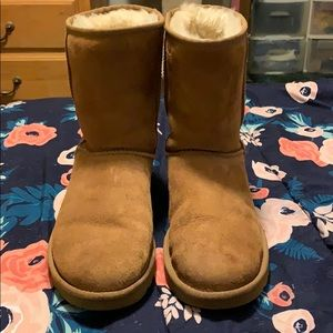 Uggs only worn twice!!
